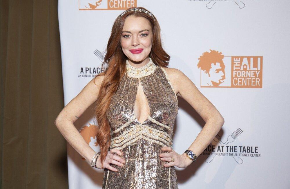 VIDEO | Lindsay Lohan jagas mitmetähenduslikku videot: ma olen tagasi