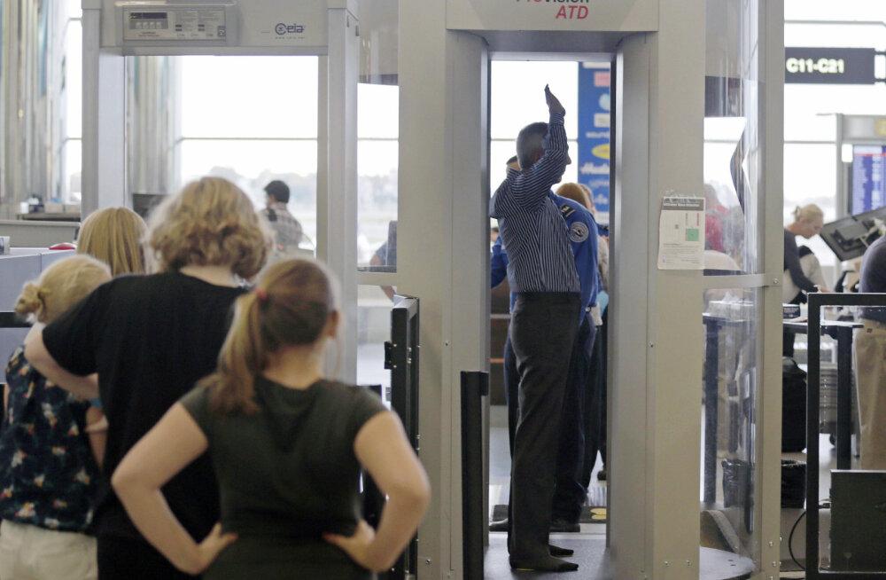 Lennujaama töötaja ülestunnistus: turvapersonal naerab mõnikord nende vaatepiltide üle, mis kehaskannerist avanevad