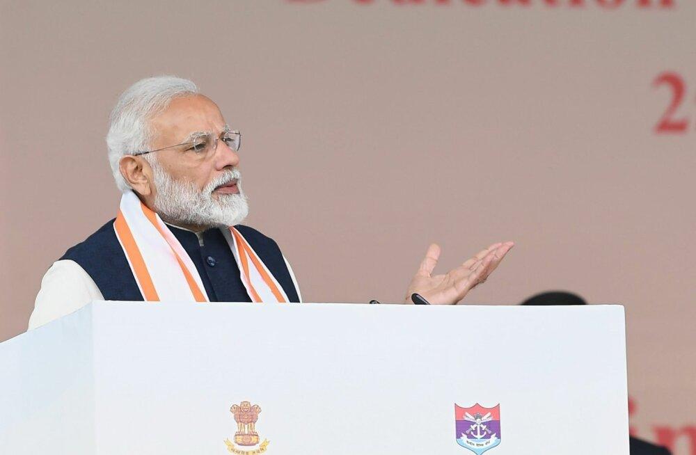 Peaminister Modi kutsus indialasi seisma nagu kalju vaenlase vastu, aga ei maininud Pakistani nimepidi