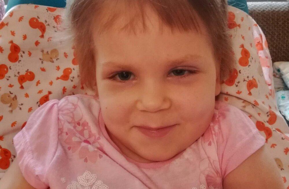 Детский фонд просит помощи: пятилетней девочке жизненно необходим медицинский аппарат