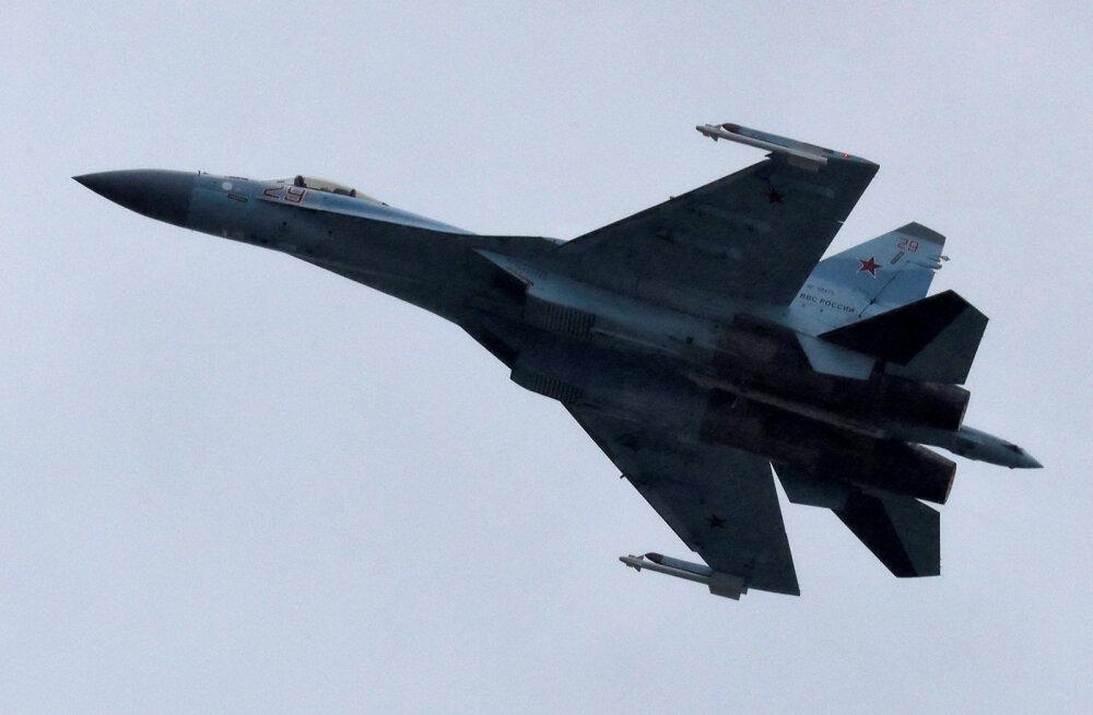 USA süüdistas Vene hävitajat ohtlikes manöövrites USA lennuki suhtes Vahemere kohal