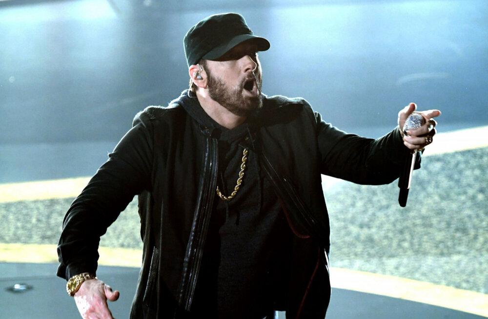 """Eminem neelas oma sõltlaselu """"tippajal"""" 90 tabletti päevas ja kaalus üle saja kilo"""