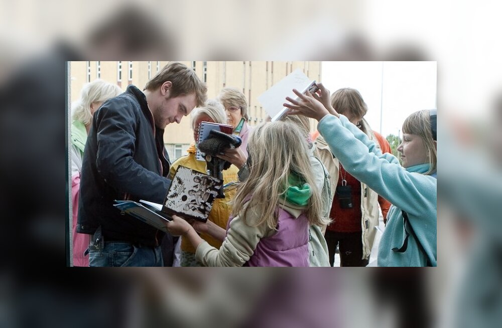 VIDEO: Nunnumeeter põhja! Ott Lepland laulab täna koos väikese tüdrukuga