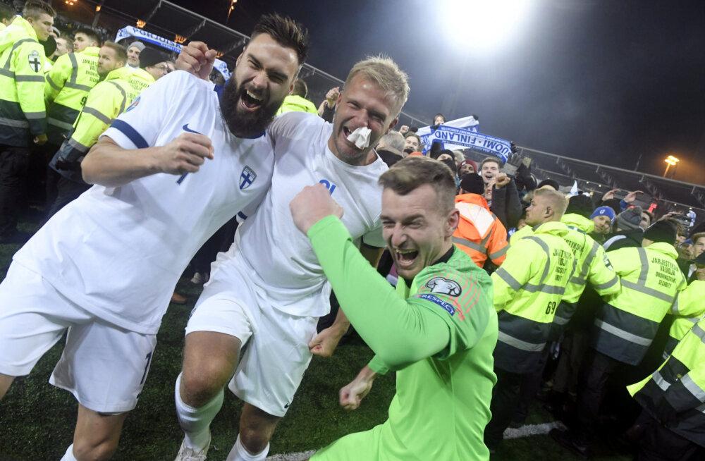 Soome jalgpallurid juubeldavad