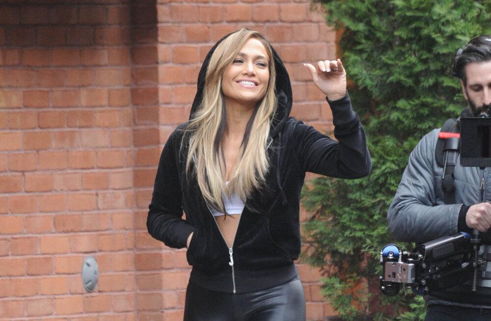 FOTO | Kõrvetavalt kuum! Jennifer Lopez postitas privaatse bikiinifoto, mis ei jäta kedagi külmaks