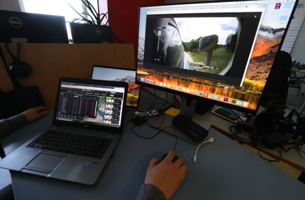 Tõelisel rallifännil on WRC otseülekande ajal lahti mitu monitori. Ühest saab näha otsepilti, teisest jooksvaid vaheaegu ja tulemusi.