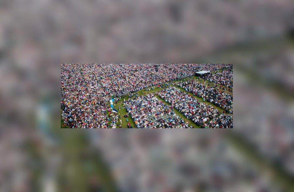 Lauluväljakul oli teisel kontserdil 110 000 inimest