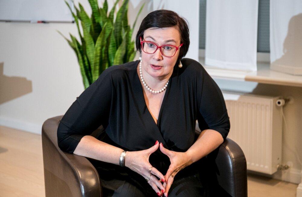 15 aastat Narvas töötanud Katri Raik on kohalike oludega kursis