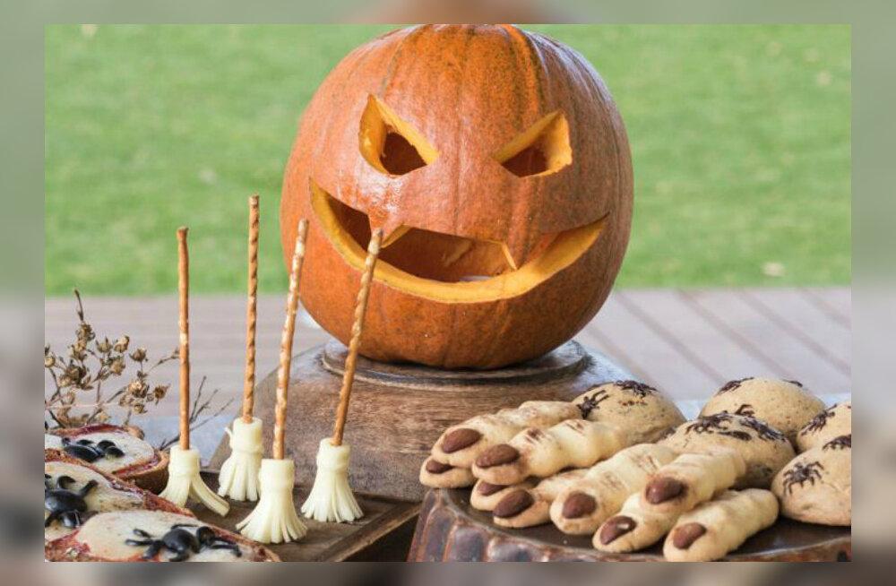 RETSEPTID: Nõiasõrmed, ämblikupitsa, inimluud ja kummitused - Nami-Nami <em>Halloweeni</em> pidulaud on õudne, aga maitsev!