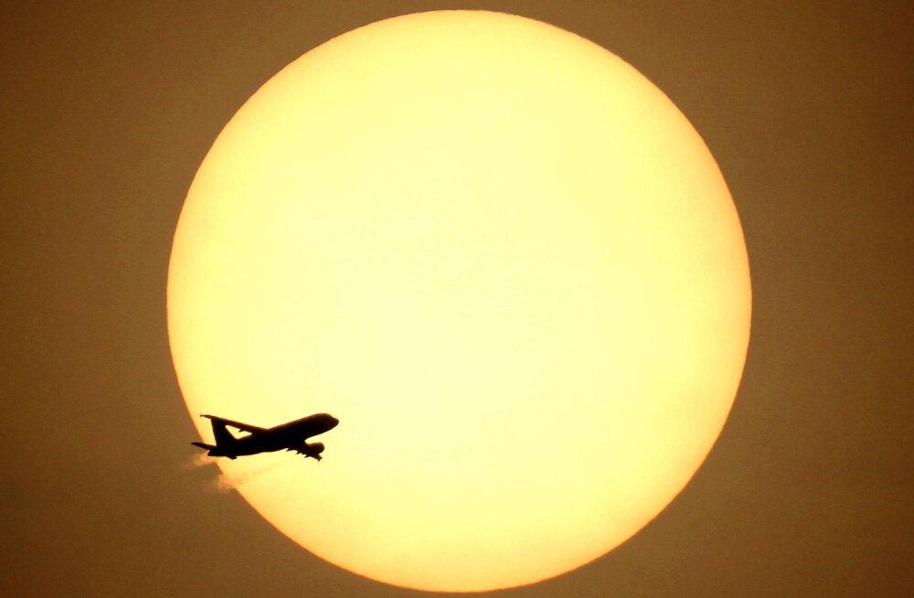 Jaapani peaministri lennukis puhkes lennu ajal tulekahju