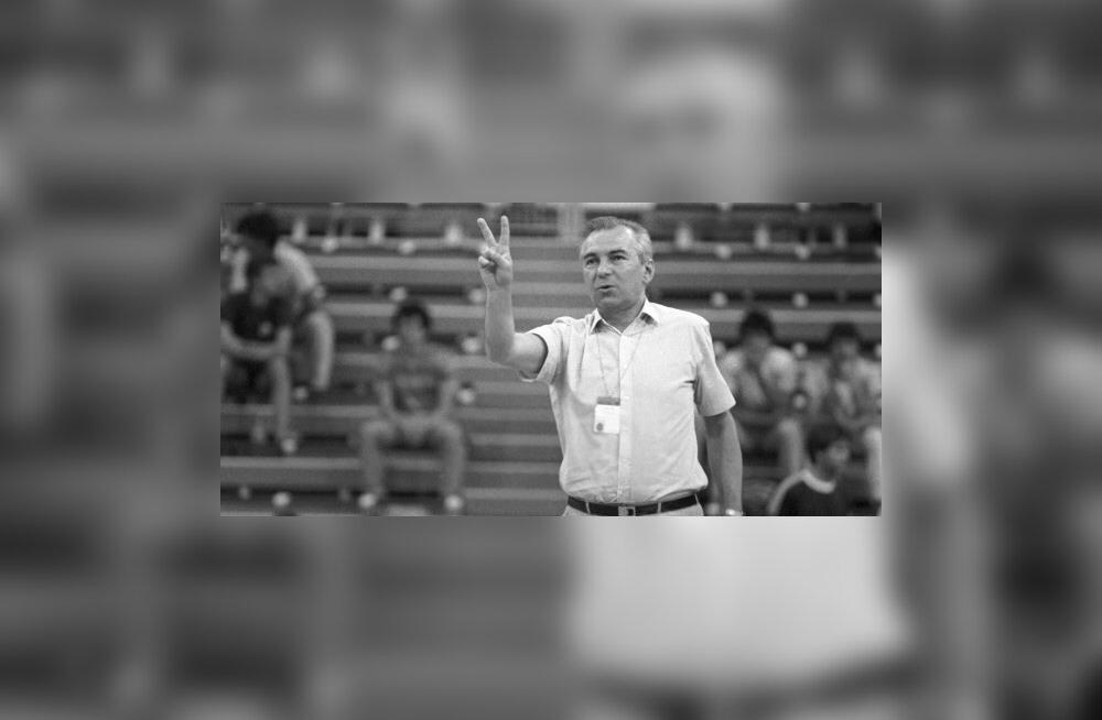Suri legendaarne Nõukogude Liidu korvpallitreener, kes juhendas ka Endenit ja Sokku