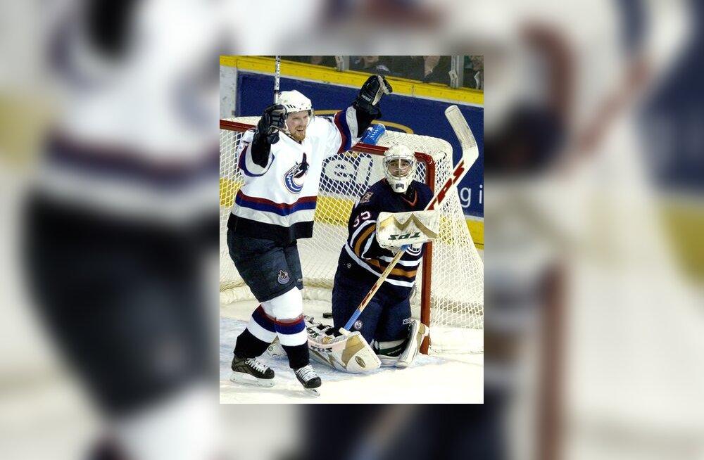 Vancouver Canucks on visanud Edmonton Oilersi vastu värava