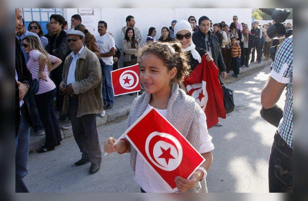Tuneesia kehtestas mitmel pool riigis liikumiskeelu