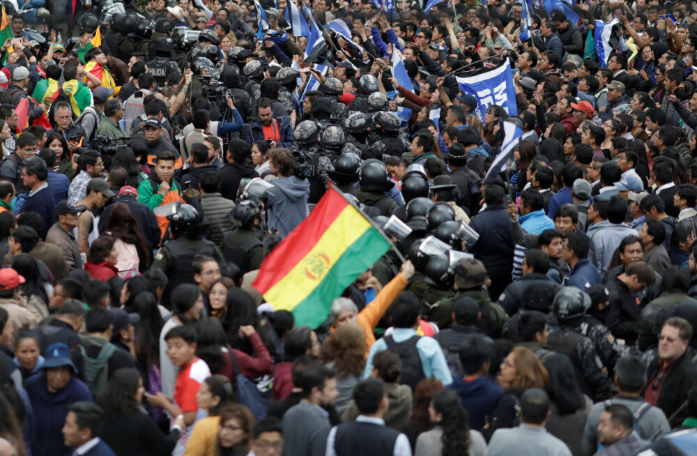 Boliivias puhkesid rahutused president Moralese kahtlase valimisvõidu pärast