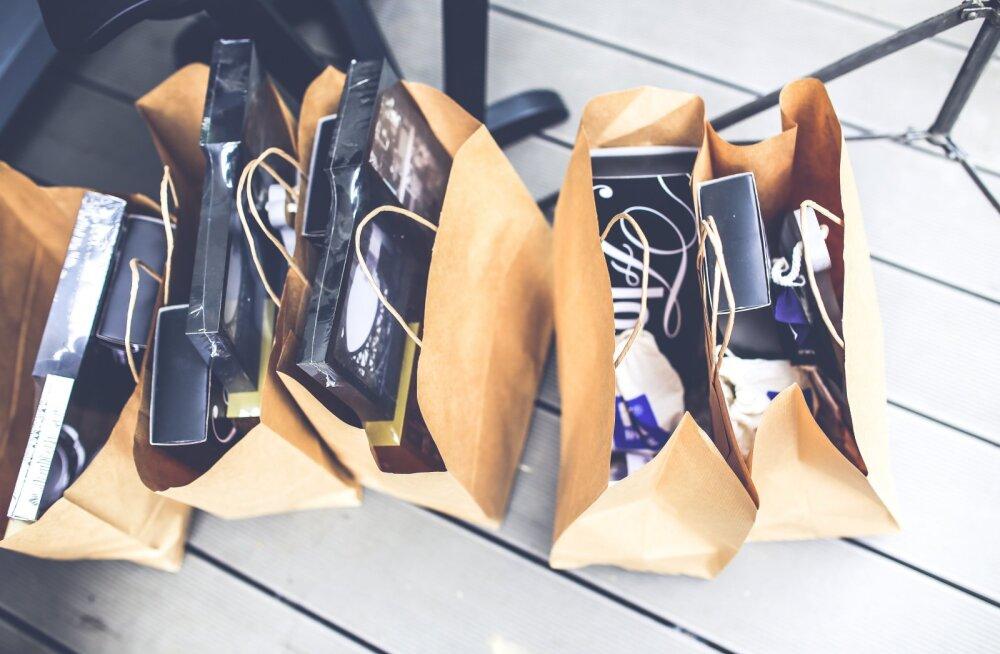 Где можно поменять или сдать обратно неподошедшие покупки или непонравившиеся подарки