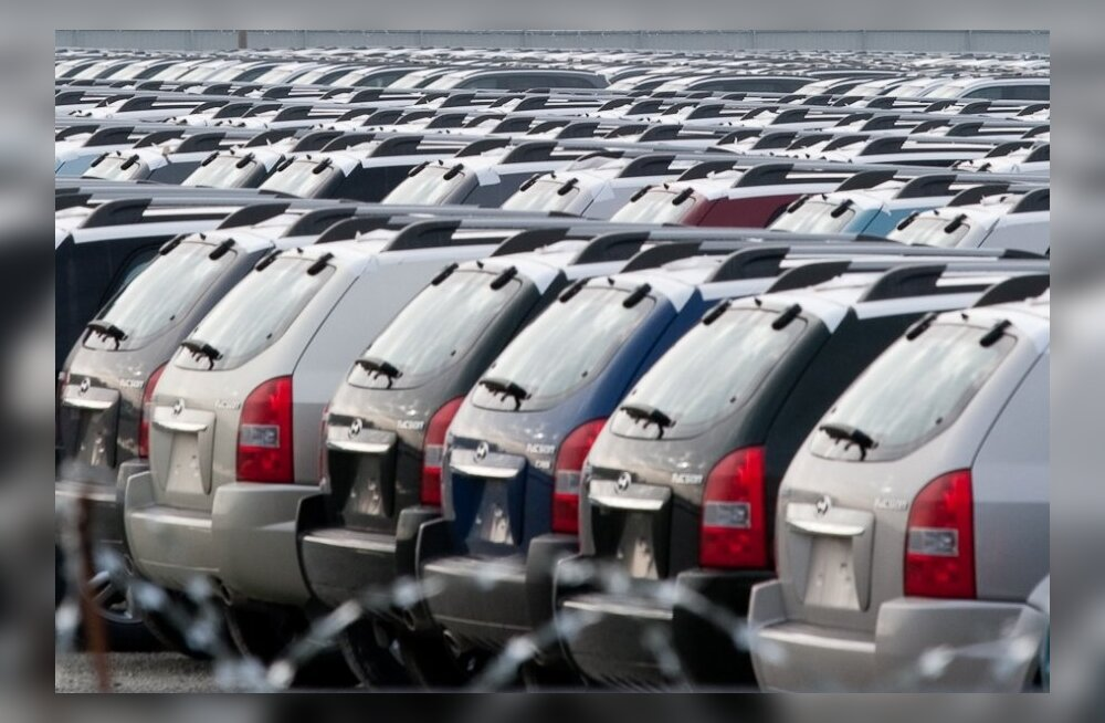 Hea teada: kindlustus leevendab ka seda, kui autole on parklas viga tehtud