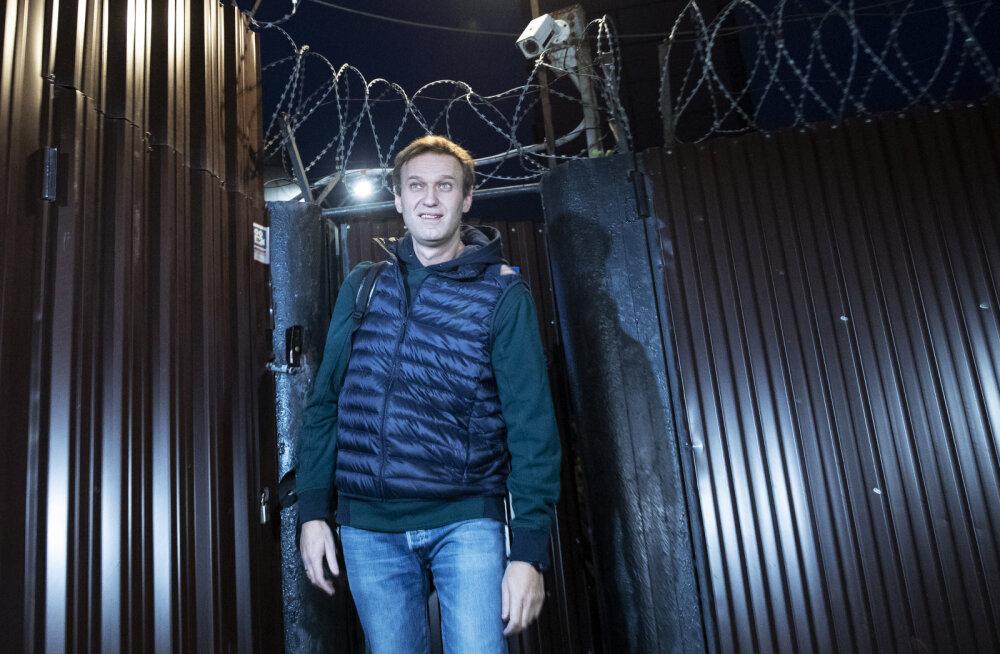 Aleksei Navalnõi vabastati pärast kahte järjestikust vanglakaristust