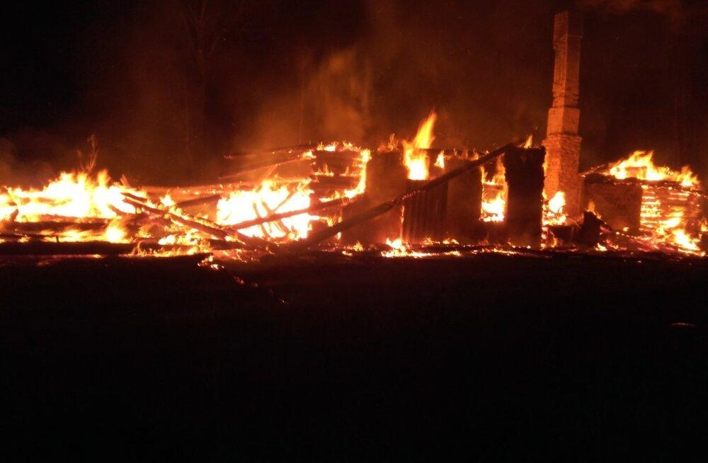 Põleng Loja külas