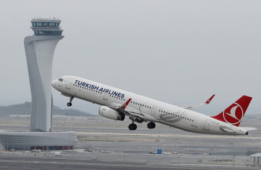 В Стамбуле открыли крупнейший в мире аэропорт. Первый самолет отправился в Анкару