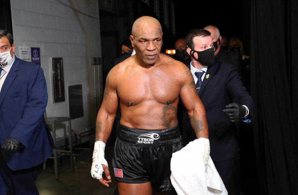 Mike Tysoni hea vorm šokeeris UFC bossi: võitlussport on noorte meeste mäng, aga Tyson nägi võimas välja!