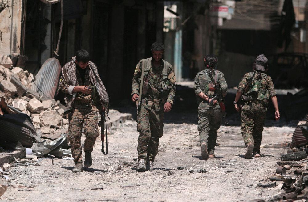 Süüria kurdid kutsusid Põhja-Süüria linna valitsusväed, et need seda USA asemel Türgi eest kaitseksid