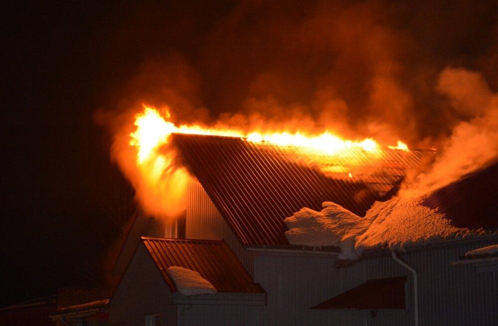 Viljandimaal põleb Karula lihatööstus