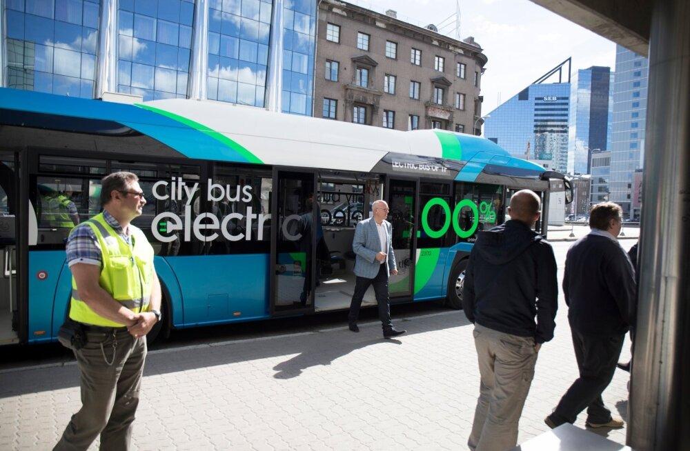 Tallinn tutvustas täiselektrilist liinibussi