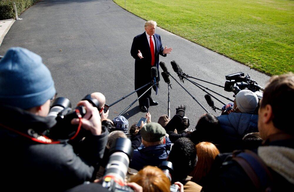 Trump palus kaheksa korda Ukraina presidendil Bidenit uurida