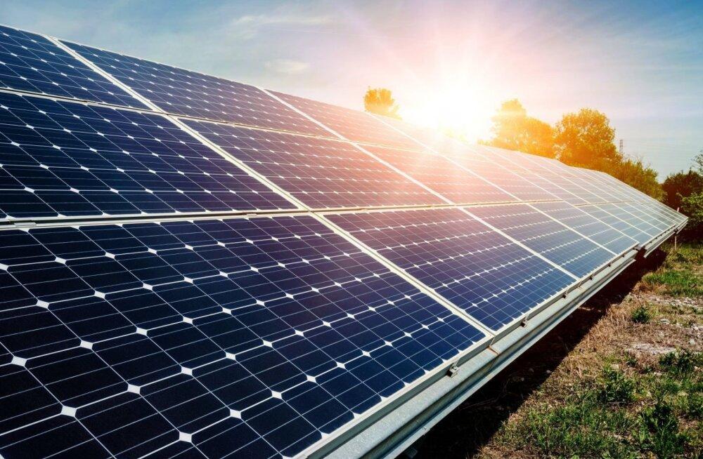 Päikeseelektrijaam.