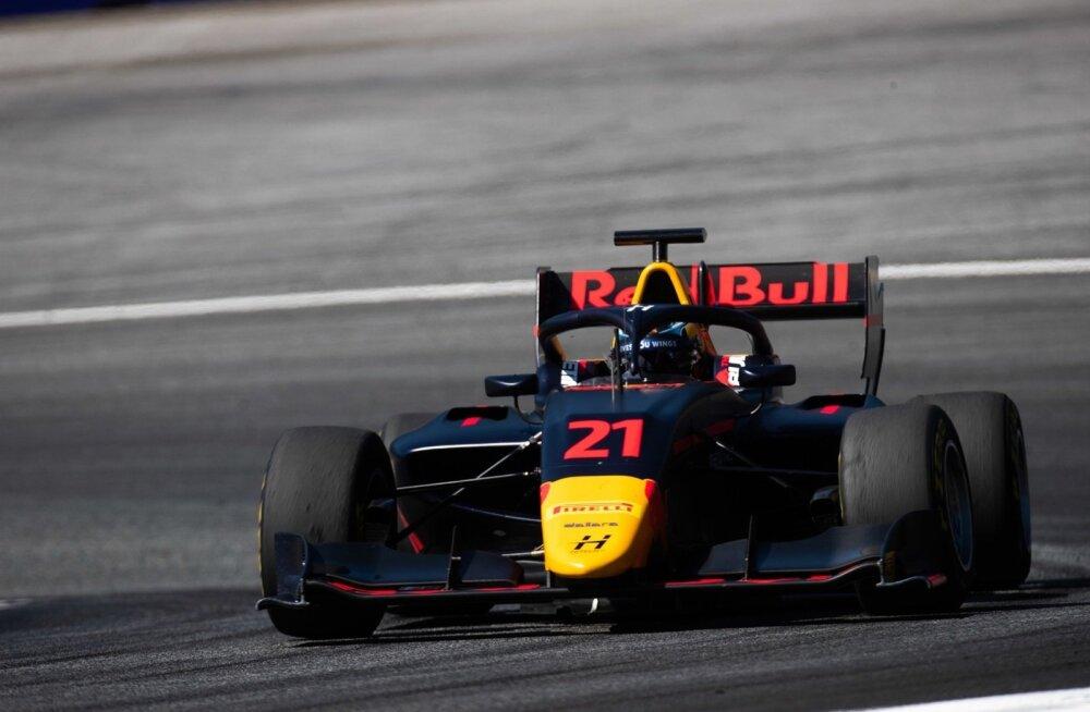 Jüri Vips kihutas Ungaris F3 sarja liidrile lähemale.