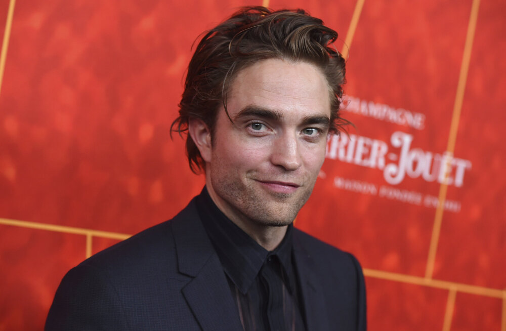 Ta on siin! Robert Pattinson on Tallinnasse jõudnud