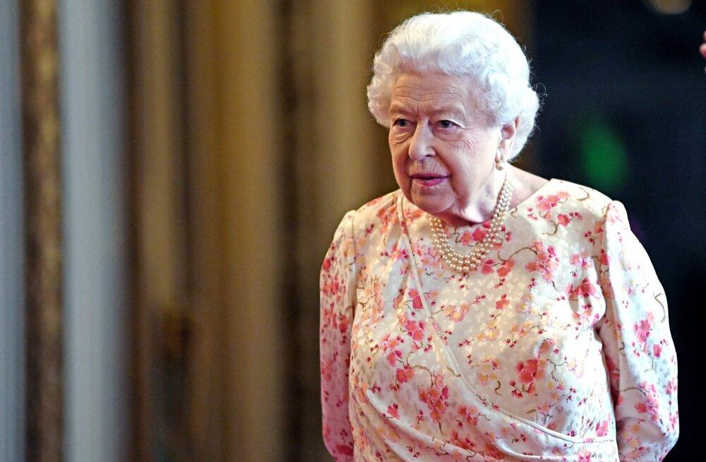 Kuninganna on ka inimene! Üllatav kodutöö, mida monarhi külalised peavad külastades tegema