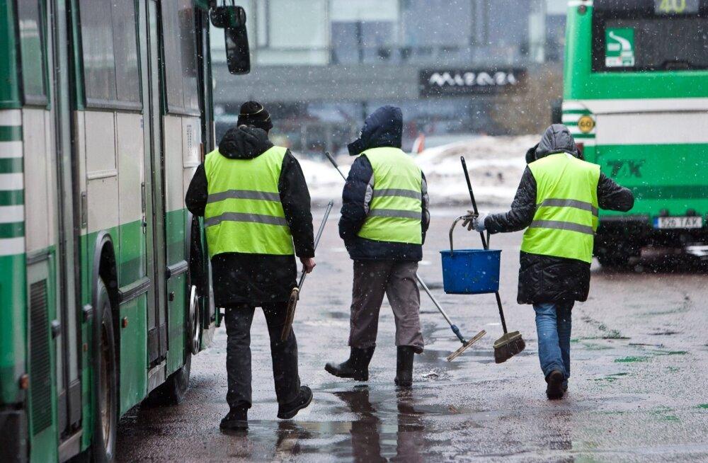 Bussikoristajad