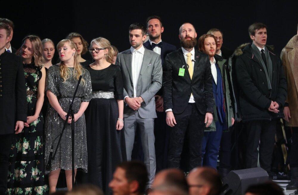 Hendrik Toompere seenior NO99 300 000 eurot maksnud kunstifilmist: aastakontsert oli nagu kooliteatri filmikatsetus