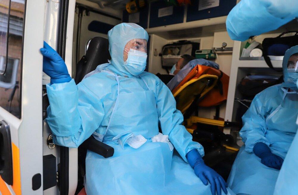 Эстония не будет нанимать украинских врачей для борьбы с коронавирусом