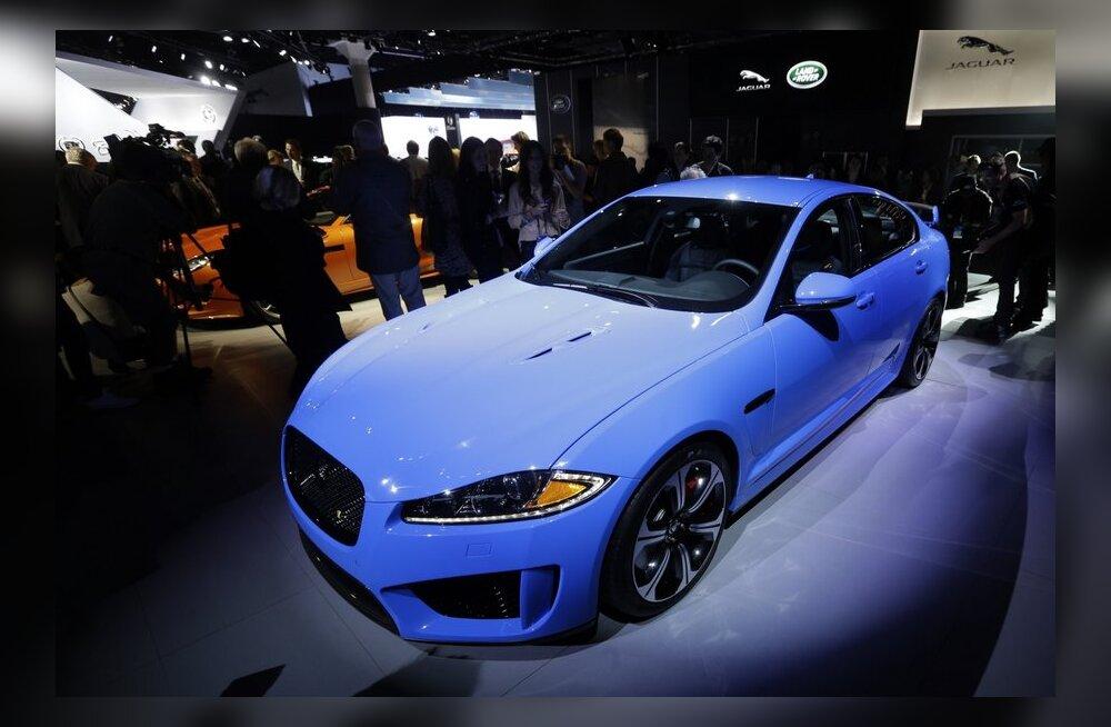 Jaguar esitles XFR-S sportsedaani