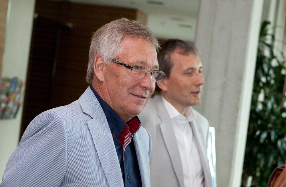 2011. aasta suvel taandus Toomas Savi suusaliidu juhi kohalt. Uueks presidendiks sai Sandor Liive.