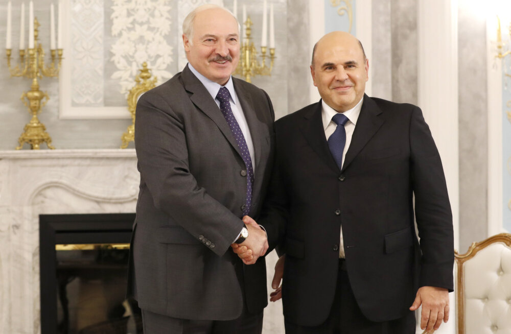 Valgevenes levisid kuulujutud Lukašenka haiglasse viimise kohta