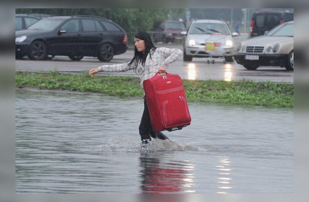 Tallinnas sajab kaks päeva ja linnast on saanud bassein!