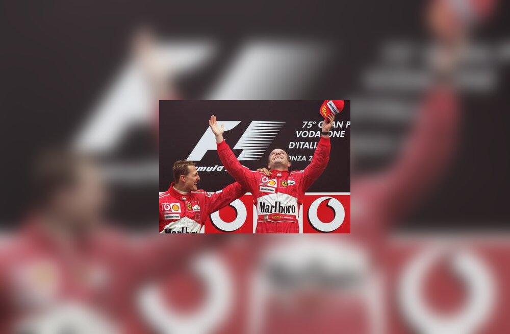 Michael Schumacher ja Rubens Barrichello Itaalia GP autasustamisel