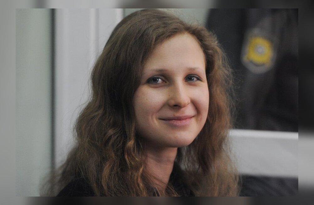 Pussy Rioti liige Maria Aljohhina pääses vabadusse