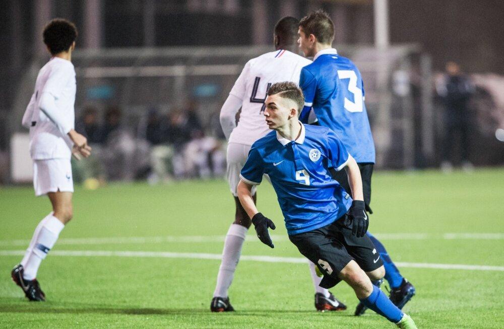 Eesti U-17 jalgpallikoondise kõige kõlavam nimi on olnud väravakütt Aleksandr Šapovalov.