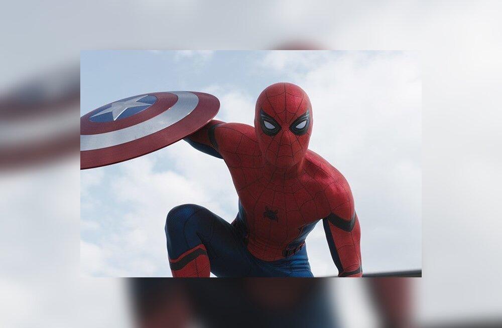 PILDID: Vaata kaadritaguseid pilte värske Ämblikmehe filmi võtteplatsilt