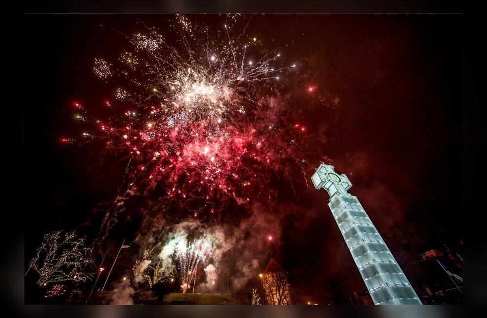 Tallinna ilutulestik ja melu vabaduse väljakult