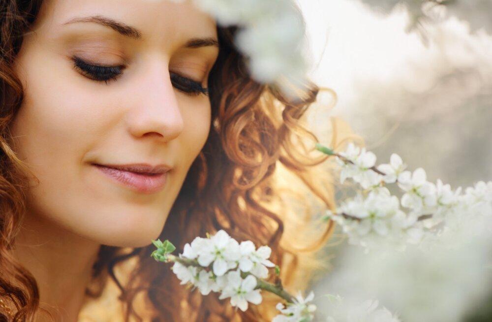 PILK PEEGLISSE! Karvakasv ebatavalistes kohtades või rasvkasvajad silmalaugudel annavad aimu, mis tervisega korrast ära võib olla