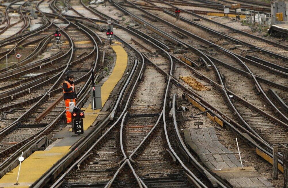 Harjumatu: Briti raudtee väidab, et neil pole kümme aastat olnud ühtki rongiõnnetustes hukkunut
