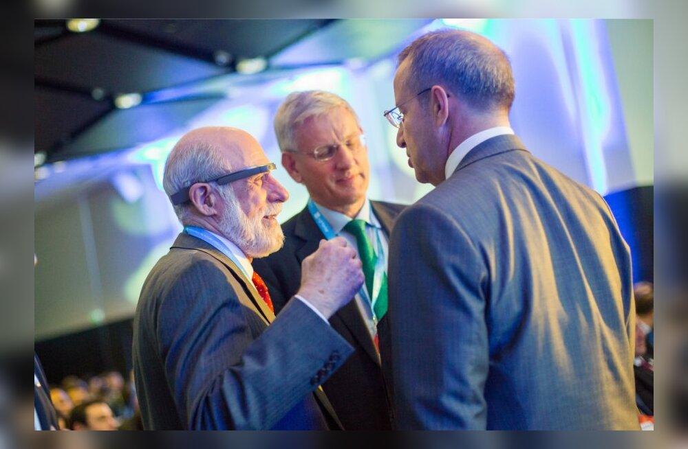 Vint Cerf, Carl Bildt ja Toomas Hendrik Ilves