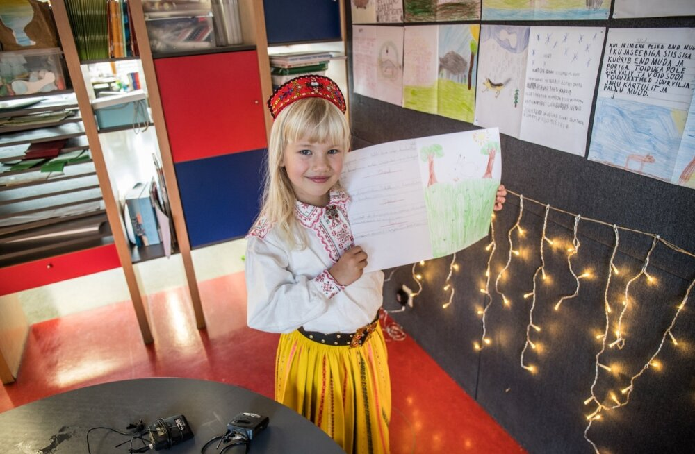 ФОТО и ВИДЕО: Проживающая во Франции маленькая Грета ходит в школу и в Эстонии