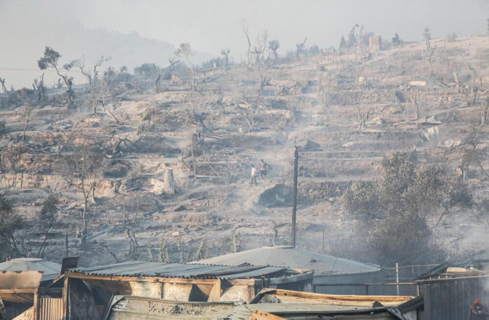 Tulekahju hävitas Kreeka suurima sisserändajate laagri Lesbose saarel