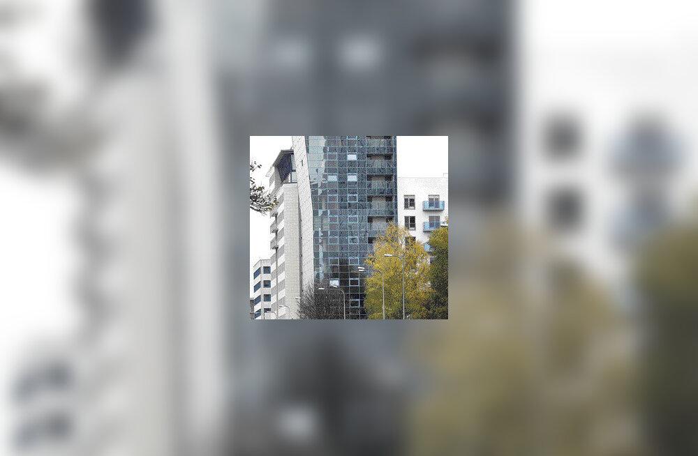Liivalaia murtud fassaadiga maja kingib asukaile lendamise tunde